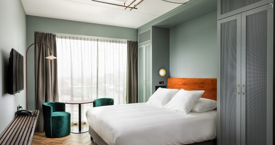 Hotel tv met Philips televisies en een groot aanbod internationale tv kanalen